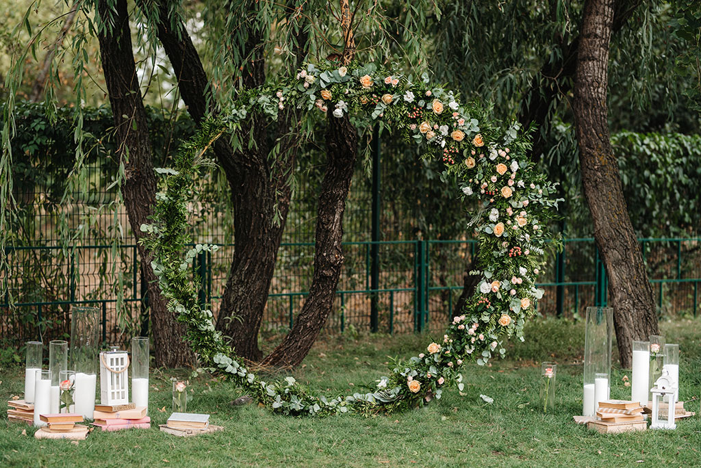 wedding venues with marquee